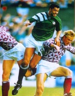Paul McGrath : Ireland versus Latvia in 1993