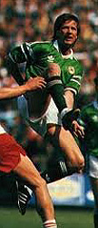Ronnie Whelan playing football for Ireland