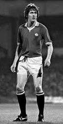 Gerry Daly playing football for Man Utd